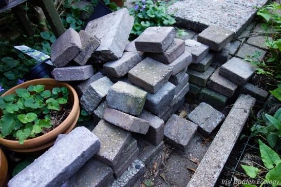 stapel-stenen-eruit-gehaald